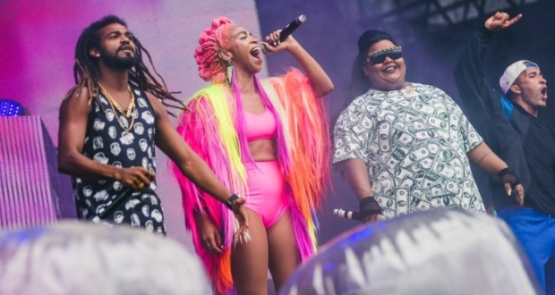 Karol Conká e MC Carol em show no Lollapalooza - Divulgação/I Hate Flash