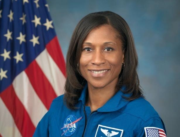 astronauta-jeanette-epps-sera-a-primeira-pessoa-negra-a-participar-de-uma-missao-na-estacao-espacial-internacional-iss-1483610770004_615x470