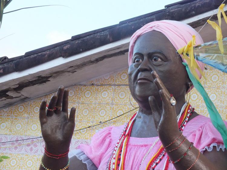 Estátua de Mãe Biu, grande nome do Xambá. Foto: Reprodução