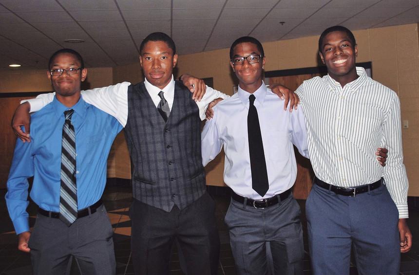Nigel, Zach, Aaron e Nick. Foto: Reprodução